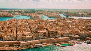 Os destinos concorrentes afinam estratégias para receber turistas britânicos