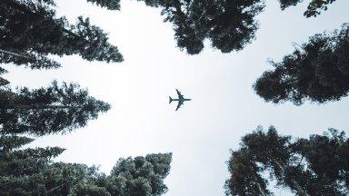 Taxas de carbono sobre as viagens aéreas e marítimas